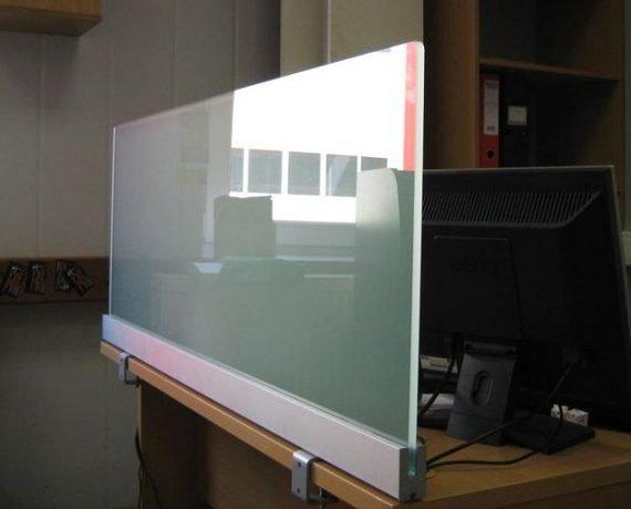 Цельностеклянные экраны